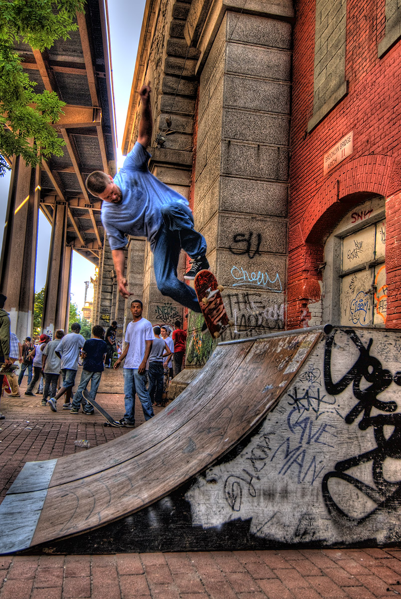 E Skates the Brooklyn Banks